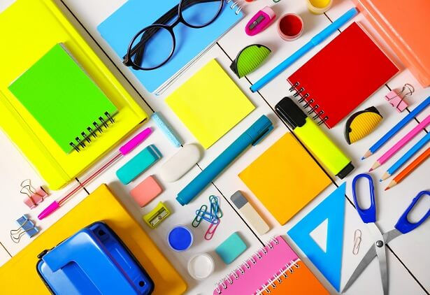 6 lugares para comprar material escolar barato online